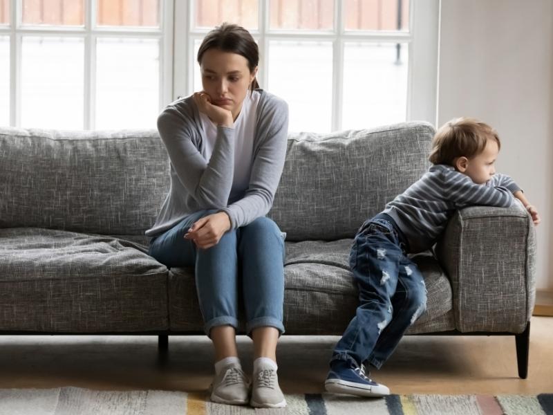 Неідеальні батьки: як вибачитися перед власною дитиною