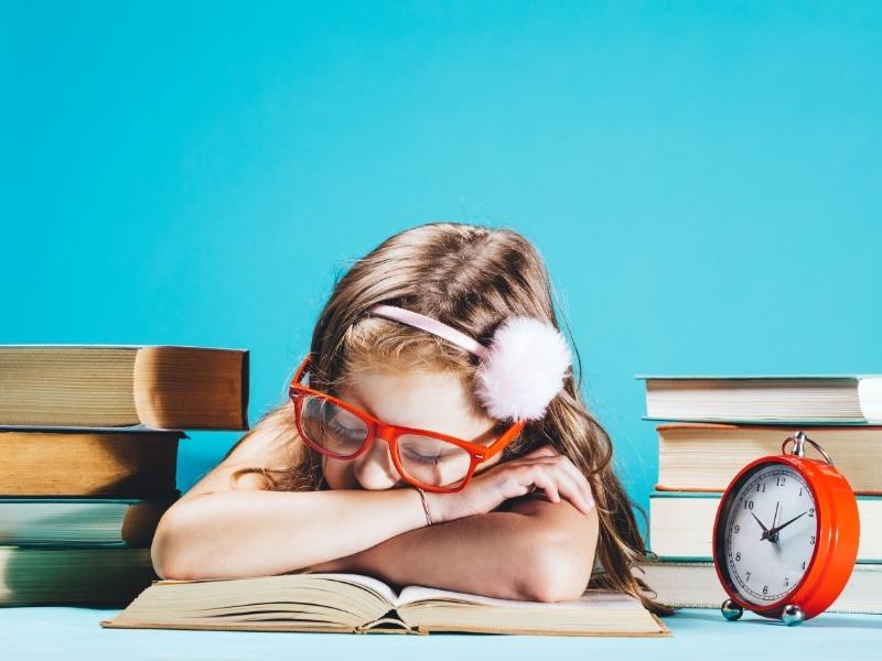 Час під контролем: 7 причин, чому дитина не встигає