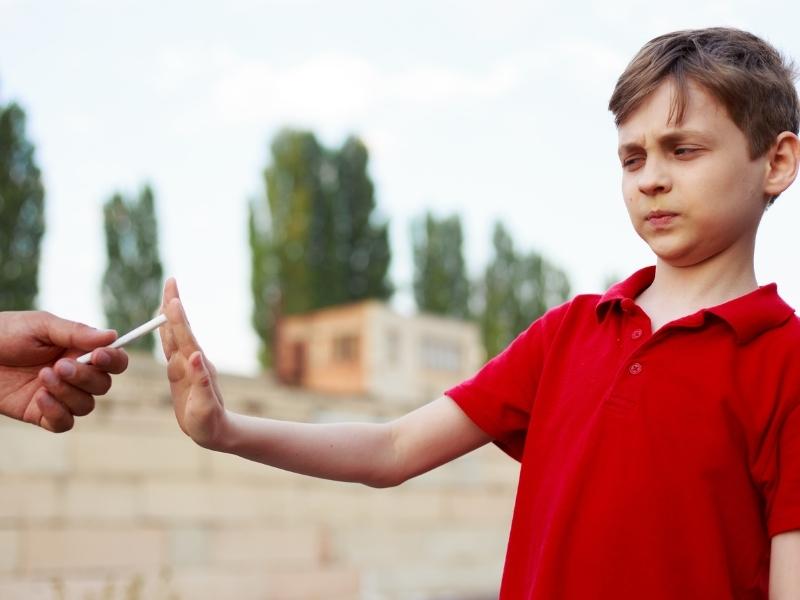 Як говорити з дитиною про шкідливі звички