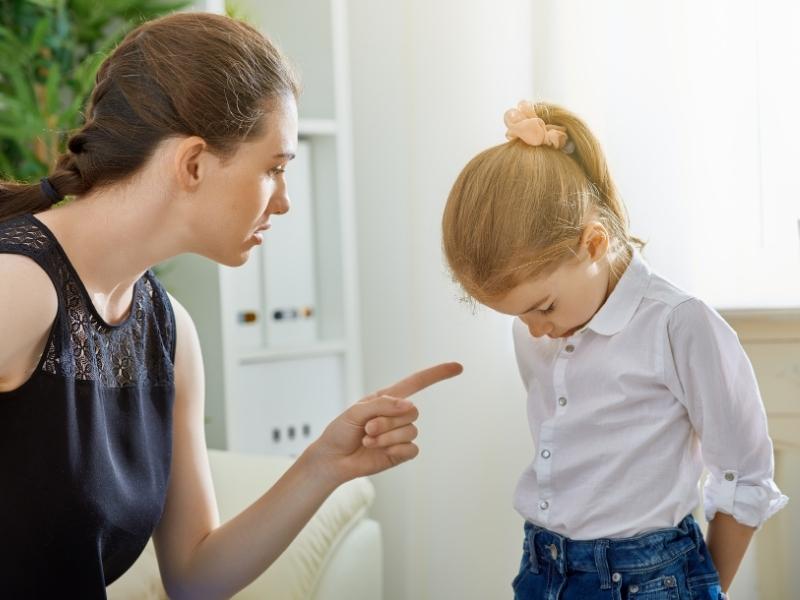 Розгнівані поведінкою дитини? 5 способів висловити це правильно