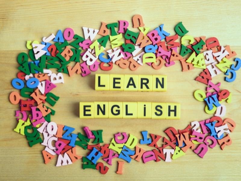 Англійська улітку: 3 цифрові способи зміцнити знання дитини під час канікул