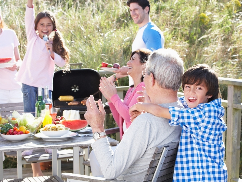 Як підготувати дітей до візиту на шашлики чи пікнік