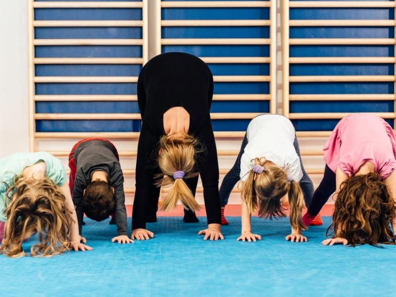 Фізкультхвилинки: яку користь дають дітям усього п'ять хвилин незвичайних вправ