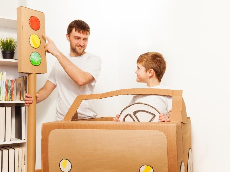 Що має знати дитина про поведінку на дорозі
